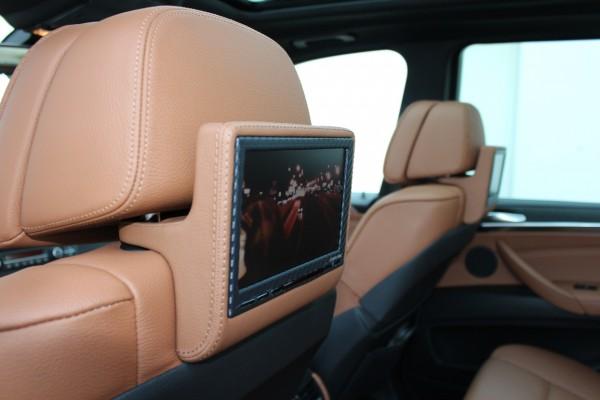 SCHAWE Fond Entertainment System | BMW X5 E70 | Spezialanfertigung